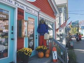 Pretty storefront in Mahone Bay